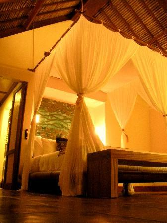 Jeeva Klui Resort : bed