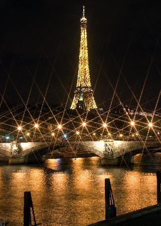 Eiffel Tower at Night - Photo Tours in Paris
