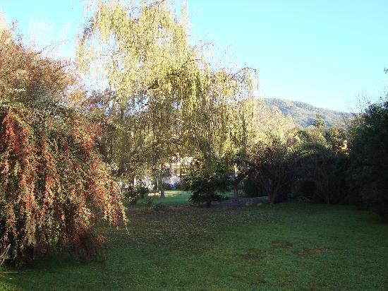 San Lorenzo, Argentina: Vista de un sector del jardín