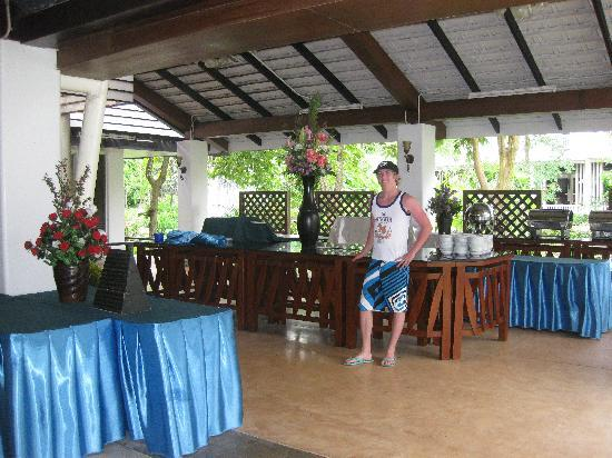 Ao Nang Beach Resort: Just before they set up for breakfast