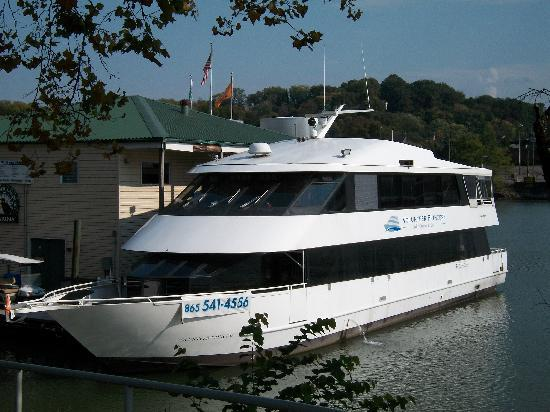Knoxville, TN: Volunteer Princess Docked