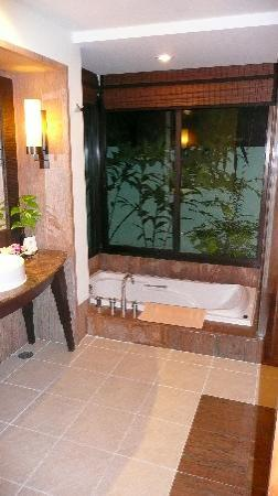 Layana Resort and Spa: Bedroom