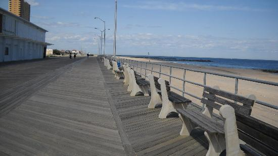 New Jersey: Ashbury Park/boarwalk