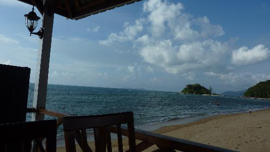 Tioman Paya Resort: a piture to describe the beach there