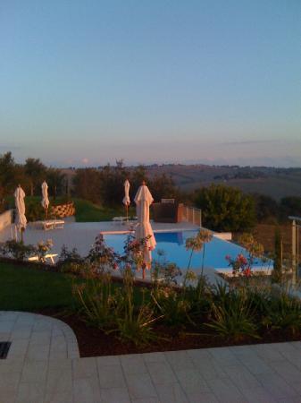 Malviano Resort: Pool