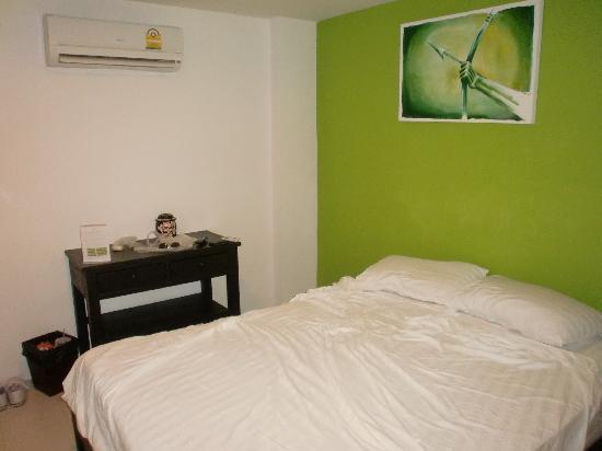 Ivory Phi Phi Island: The room