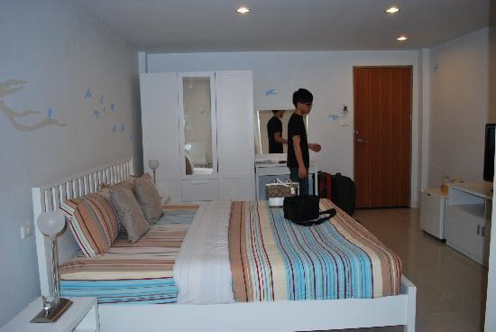 Limburi Hometel: Room 304