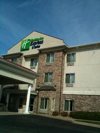 Holiday Inn Express Clinton: Building Front