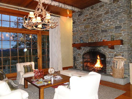 Twin Farms: Chalet Cottage living Room