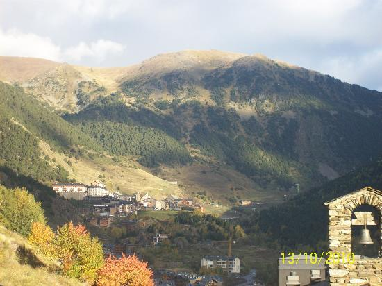 Ransol, Andorre : scenery from the back of the hotel