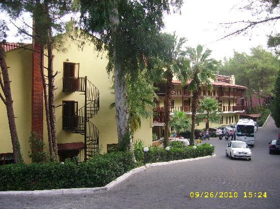Marmaris Park: front of hotel