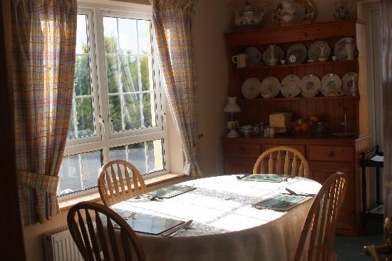 Bayview Country House: breakfast room