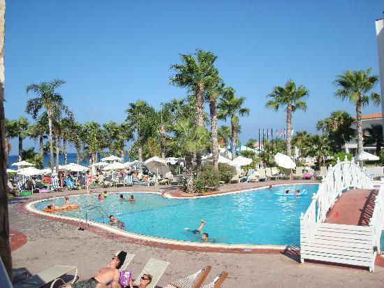 Anastasia Beach Hotel: Pool område Anastasia beach
