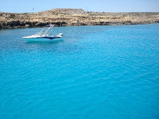 Anastasia Beach Hotel : Bådtur til Blue lagoon