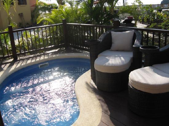 Buccament Bay Resort : Villa deck plunge pool