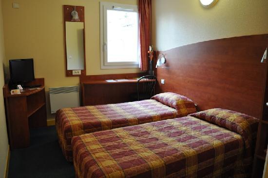Best Hotel Lille/Gambetta : Chambre à deux lits