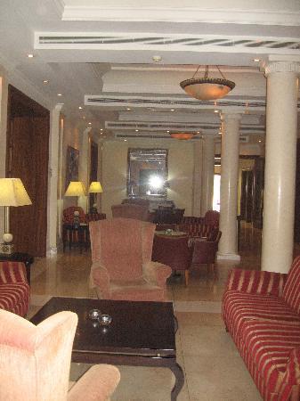 Curium Palace Hotel: le hall d'entrée