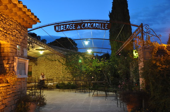 Auberge de Carcarille: outside