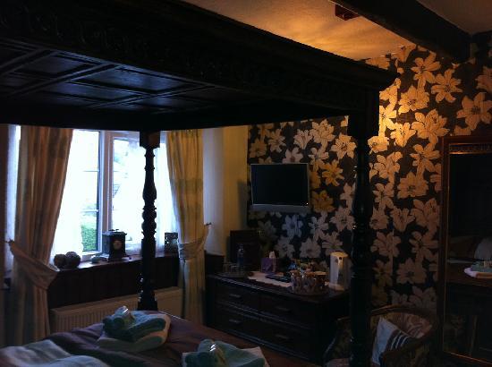 Rosebud Cottage Guest House: Bronte Rose Room
