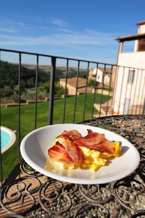 Ankhura: The breakfast
