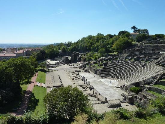 Theatres Romains de Fourviere: The large amphitheater