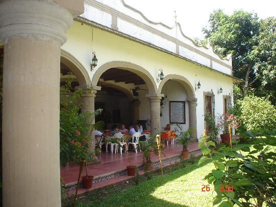 Rancho Hotel El Carmen: FACHADA DEL PORTAL DEL RESTAURANTE
