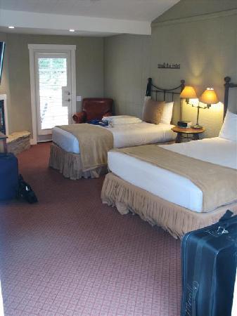 Carmel River Inn: cabin 31