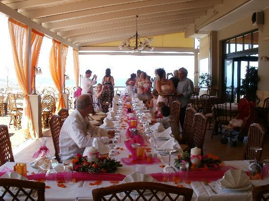 Oniro Restaurant: Wedding table at Oniro