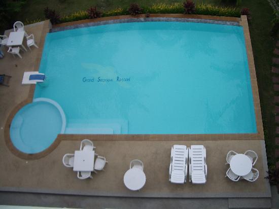 Grand Sea View Hotel: プールです。