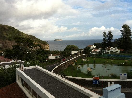 Quinta do Mar: View from the roof top patio