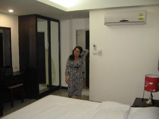 At Phuket Inn: DeLuxe Zimmer in Baan Karaket