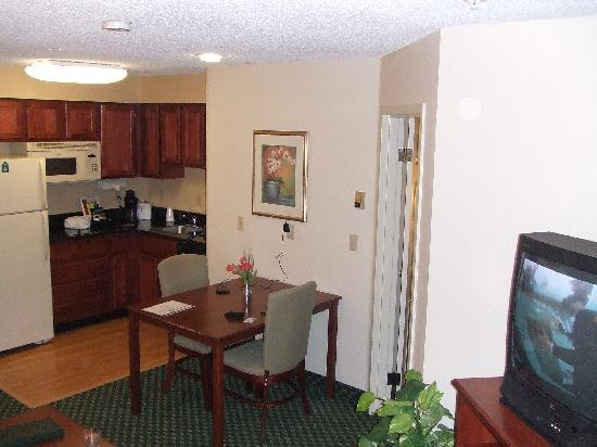 Homewood Suites by Hilton Houston Willowbrook Mall: Room