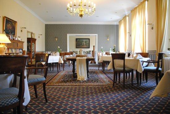 Parkhotel Schloss Wulkow: Speisesaal
