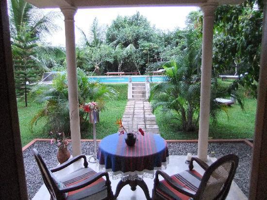 Shangri-Lanka Villa: Room 1 Terrace