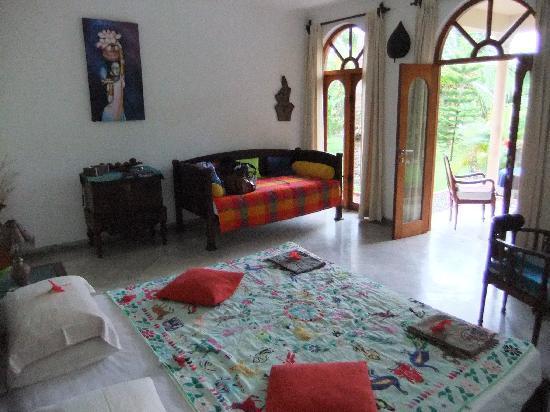 Shangri-Lanka Villa: Room 1