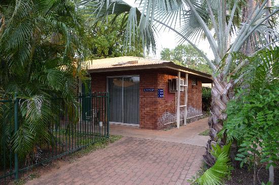Ibis Styles Kununurra: Particolare delle stanze viste dall'esterno
