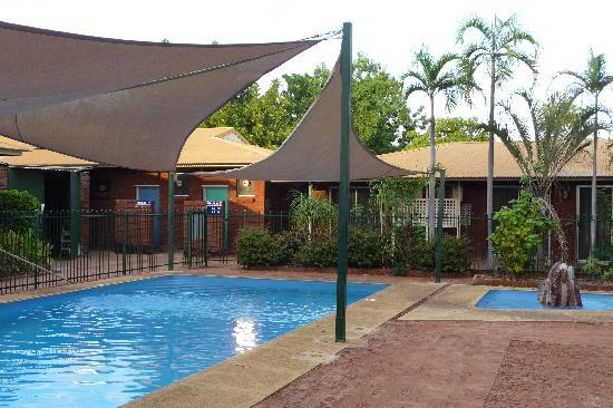 Ibis Styles Kununurra : La piscina