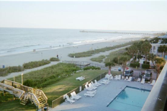 Tropical Seas Hotel: Pool View