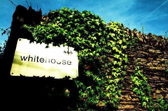 Whitehouse: sign