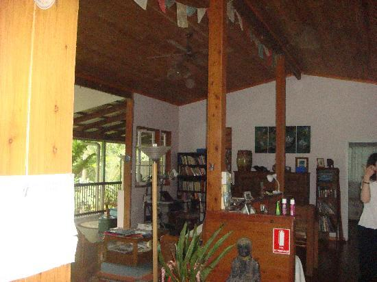 The Epiphyte Bed and Breakfast: Interior view of living area