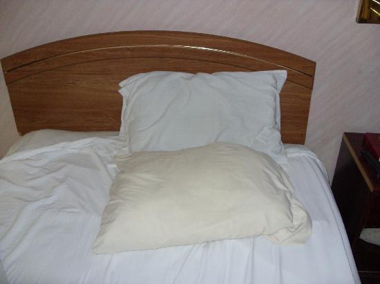 Royal Inn: bedding