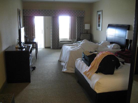 Hilton Garden Inn South Padre Island: Room 435 Partial Beach View