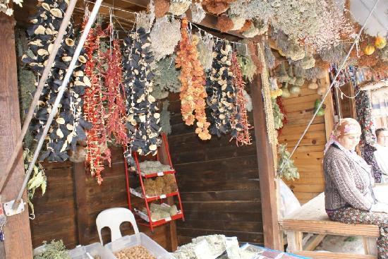 Şirince, Türkiye: Spices!