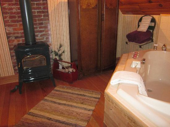 The Black Walnut Guest House: fireplace