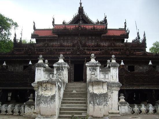 Mandalay, Myanmar: シェナンドー僧院