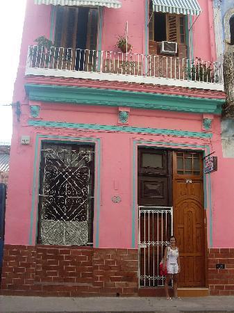 Casa Colonial Yadilis y Joel: Fachada da casa