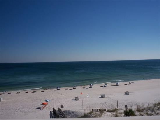 Holiday Inn Express Orange Beach : Fantastic! Especially watching the Dolphins go by.