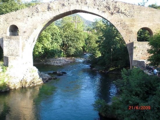 La Pasera: puente en Cangas de Onis