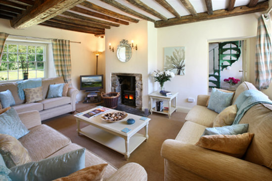 Hartland House Spa and Cottages: Hartland House Lounge