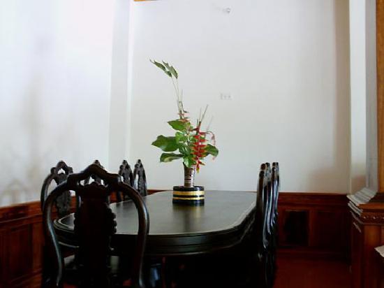 Villa Chitdara 2 Guesthouse: Living
